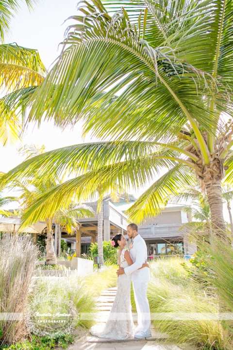 claudette-montero-destination-international-photography-photographer-destination-W-retreat-vieques-island-spa-wedding-photographer-zack-wright-jeniffer-daleccio-caribbean-beach-allure-express-front-luminous-tropical-0346